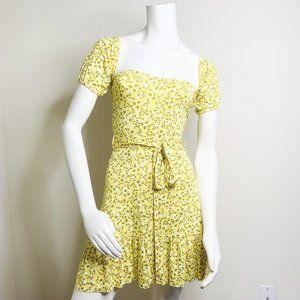 Pretty little thing Ditsy floral skater dress